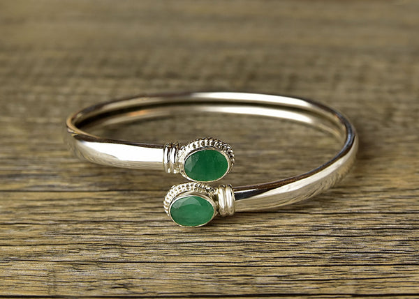 Adjustable Twist Emerald Bracelet - Kat's Collection