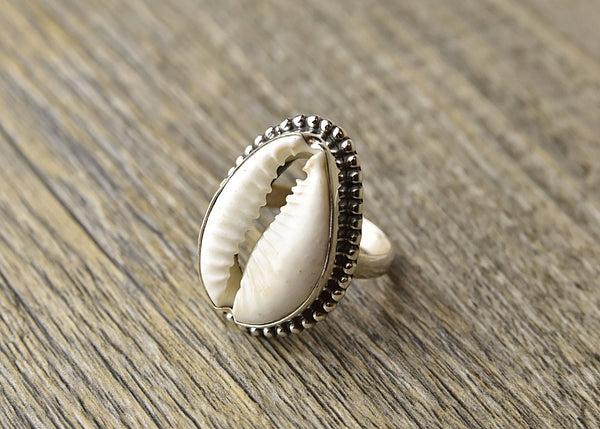 Cowrie Sterling Silver Ring - Kat's Collection