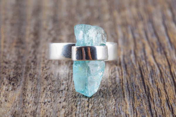Long Raw Aquamarine Ring - Kat's Collection