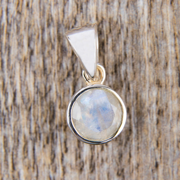 Moonstone Pendant - Kat's Collection