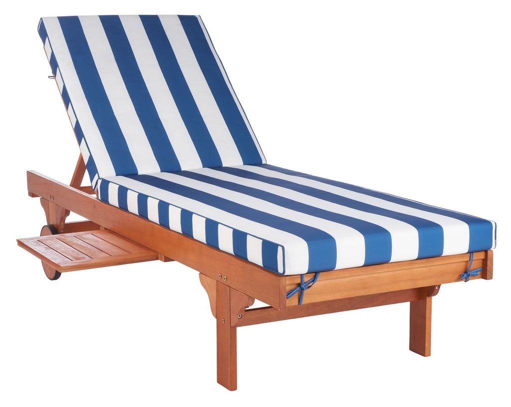 Newport Chaise Lounge Chair With Side Table