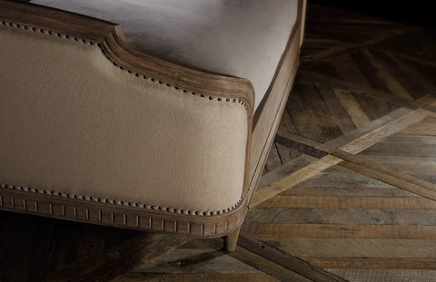 Hooker Furniture Corsica Traditional-Formal Queen Upholstery Shelter Bed in Acacia Solids and Veneers 5180-90850