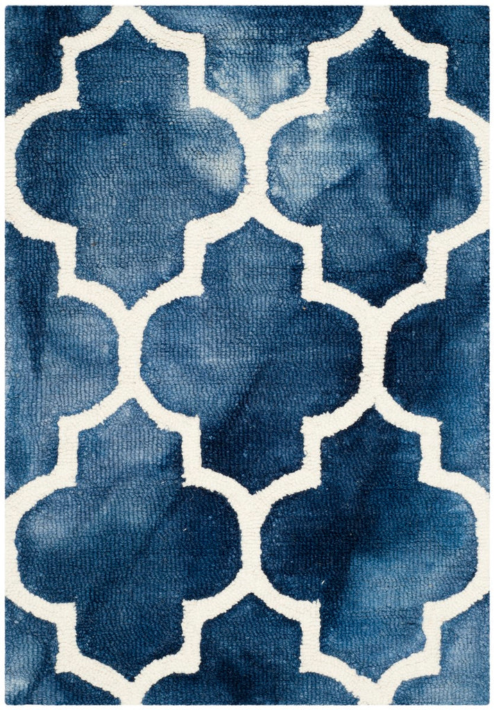 Safavieh Dip DDY535 Hand Tufted Rug