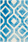 Safavieh Dip DDY679 Hand Tufted Rug