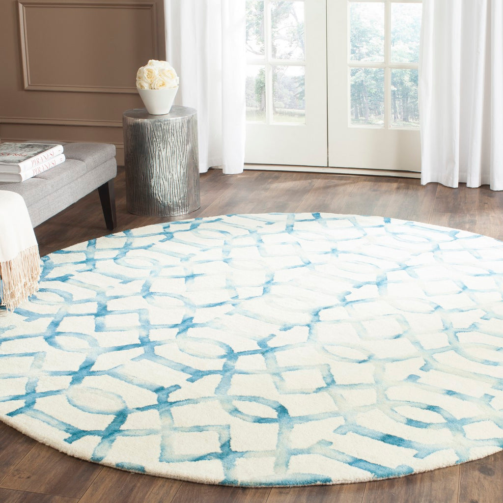 Safavieh Dip DDY712 Hand Tufted Rug