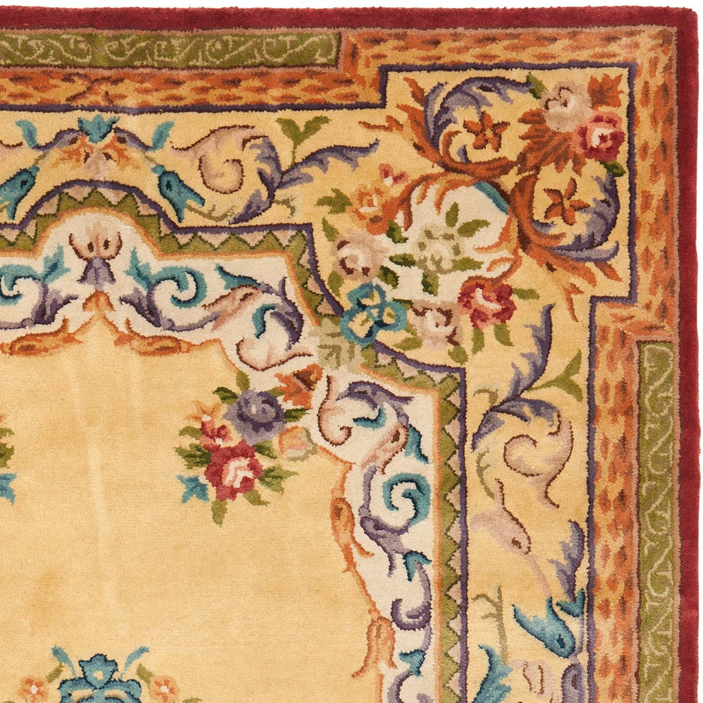 Safavieh Empire EM822 Hand Tufted Rug
