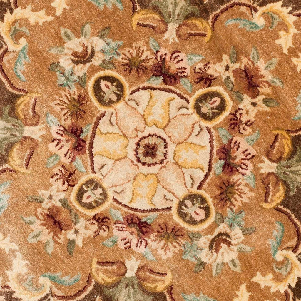 Safavieh Empire EM823 Hand Tufted Rug
