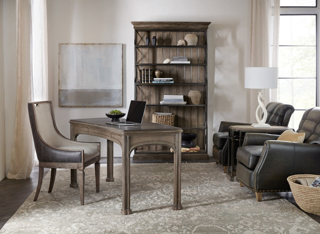 Hooker Furniture Woodlands Traditional-Formal Etagere in Poplar and Hardwood Solids with Quartered Oak Veneers with Glass and Metal 5820-10443-84