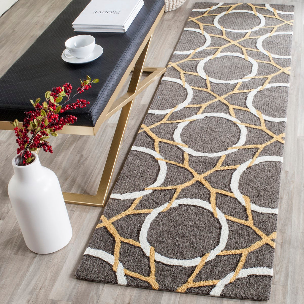 Safavieh Four FRS238 Hand Hooked Rug