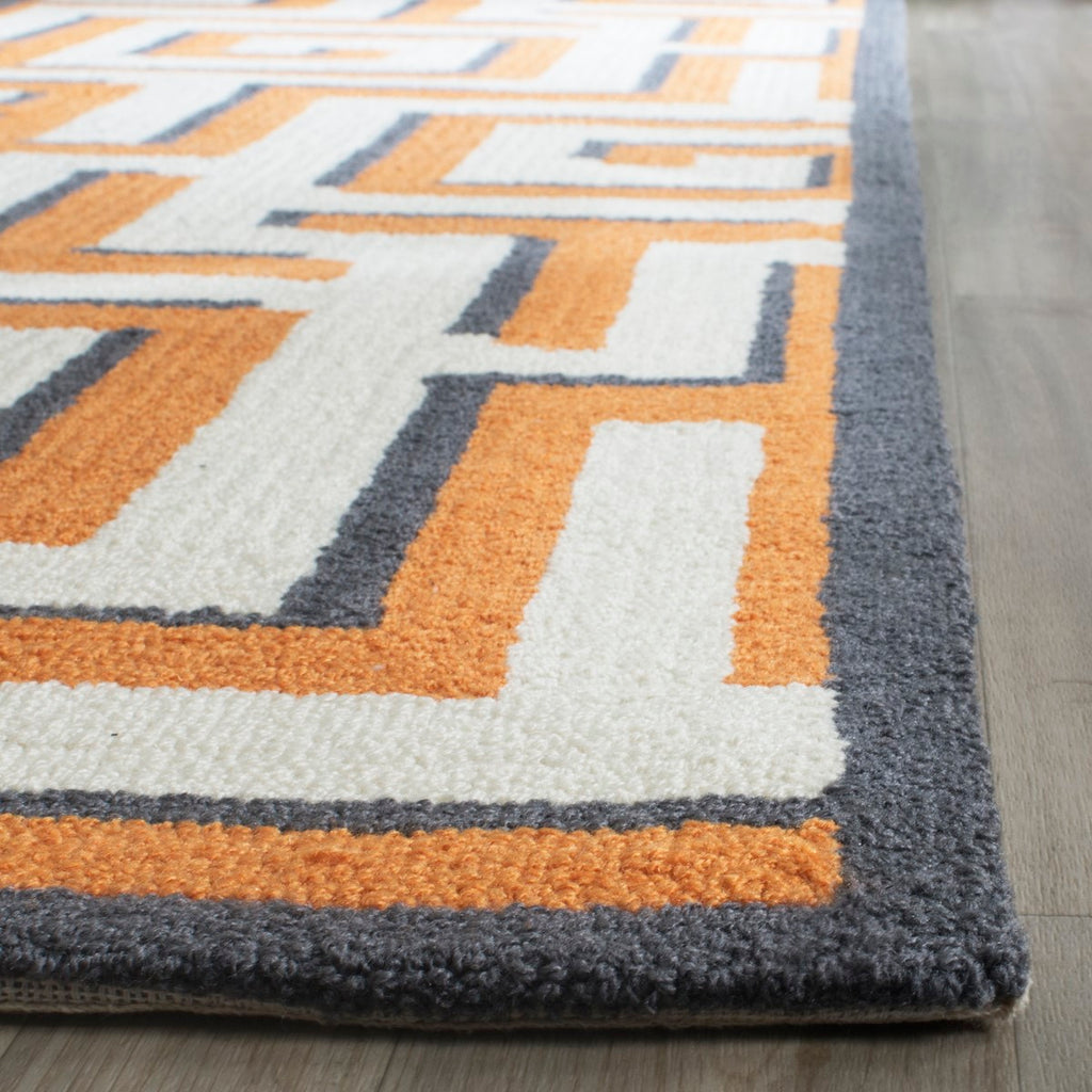 Safavieh Four FRS240 Hand Hooked Rug