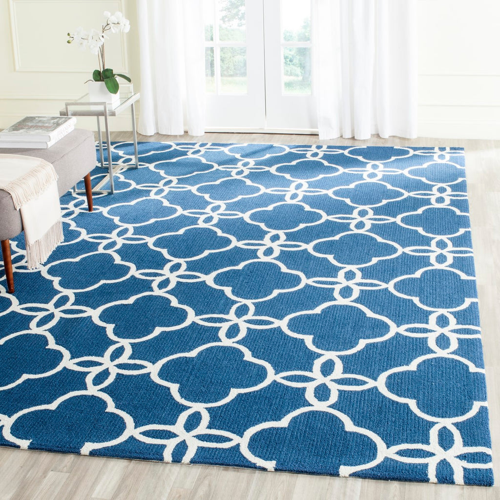 Safavieh Four FRS246 Hand Hooked Rug