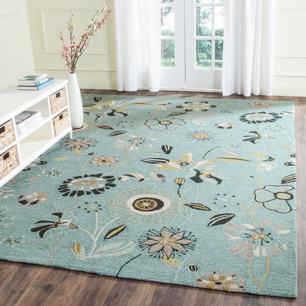 Safavieh Four FRS482 Hand Hooked Rug