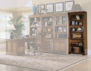 Hooker Furniture Brookhaven Traditional-Formal Tall Bookcase in Hardwood Solids with Cherry Veneers 281-10-422