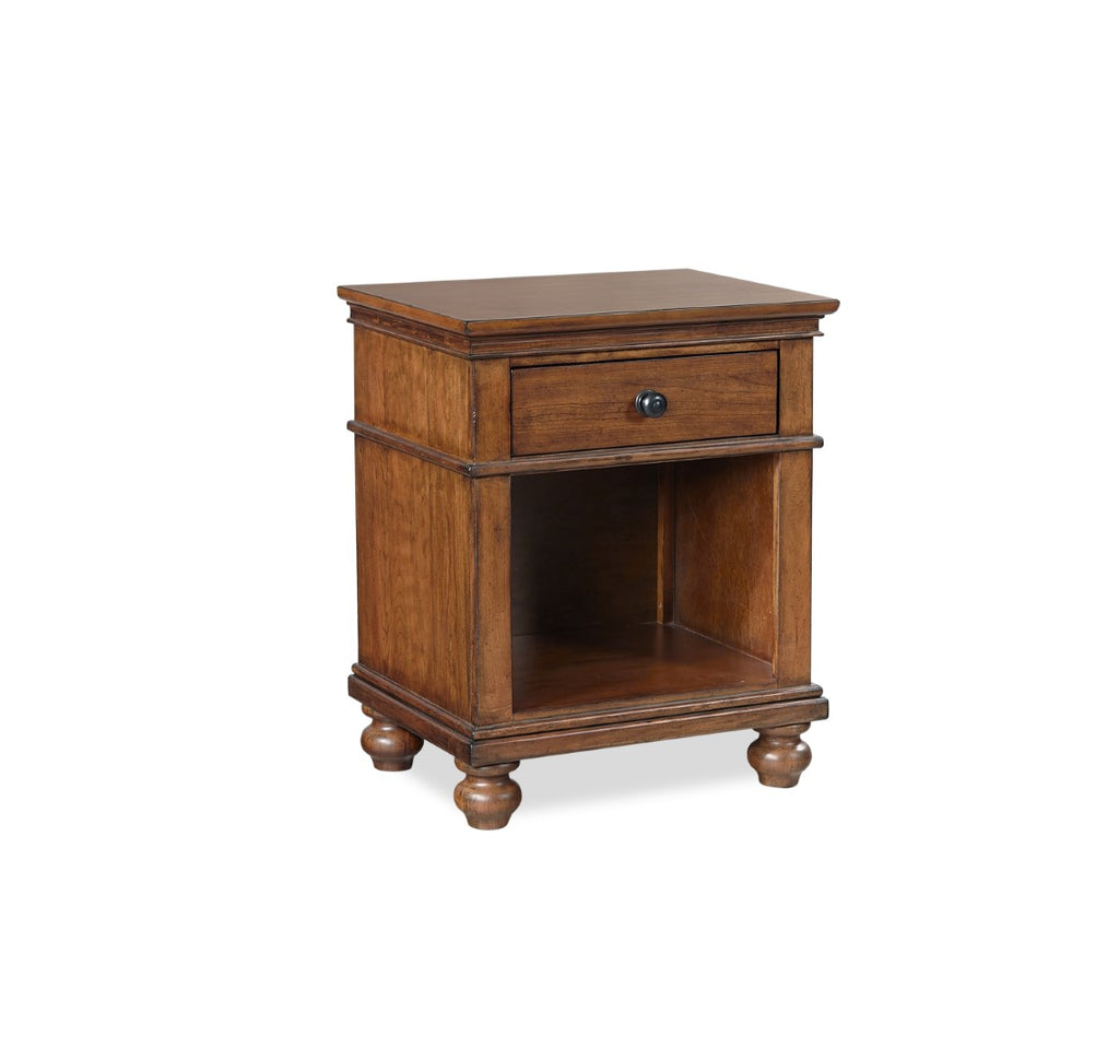 Oxford Traditional 1 Drawer Nightstand