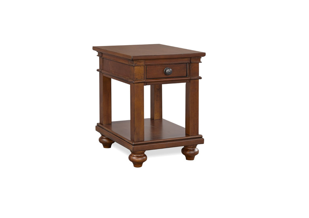 Oxford Traditional Chairside Table