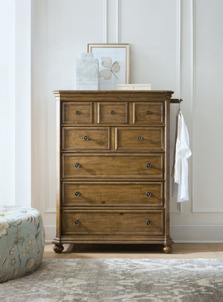 Hooker Furniture Ballantyne Traditional-Formal Five-Drawer Chest in Alder Solids and Alder Veneers 5840-90010-80