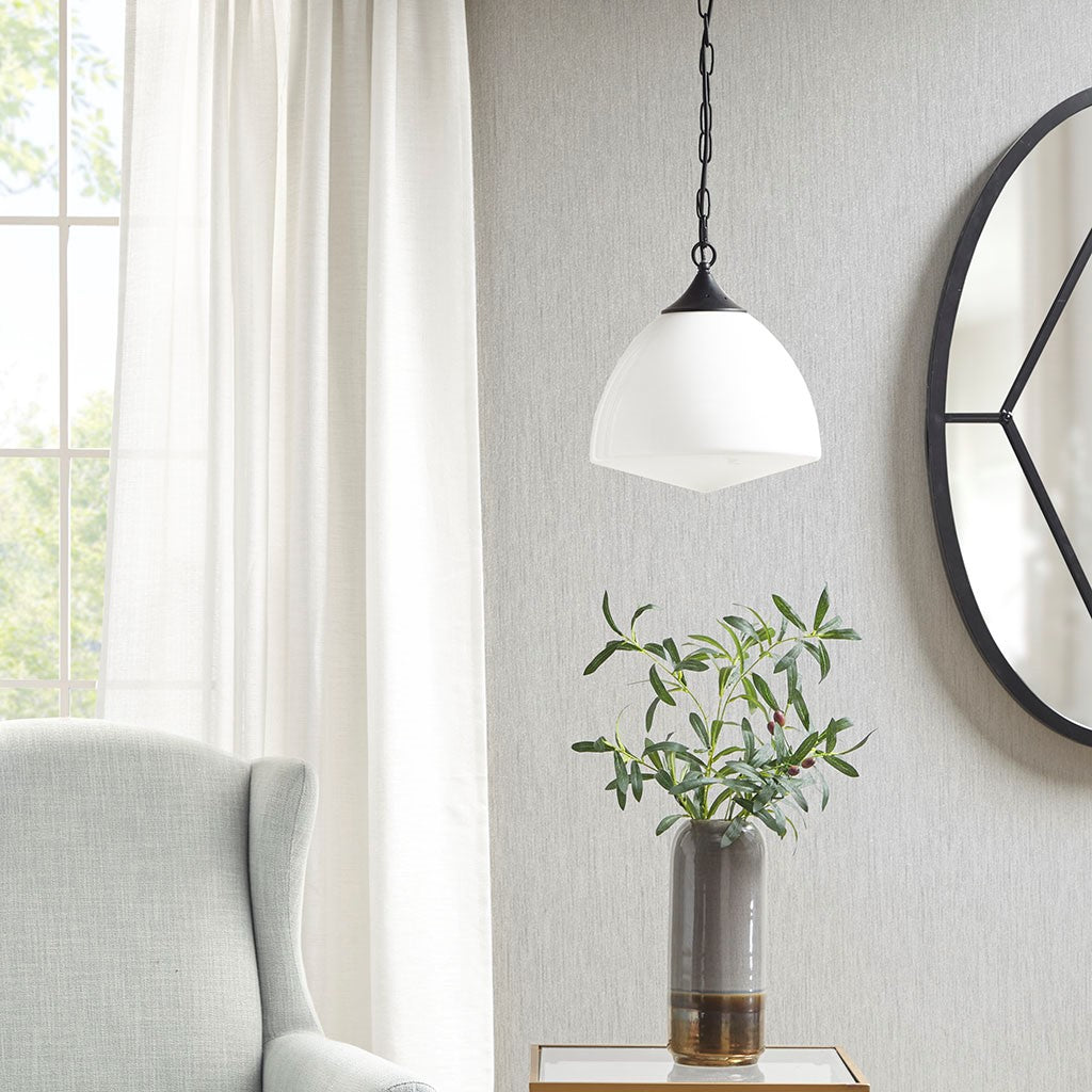 Lyon Pendant in Black/White Transitional Olliix