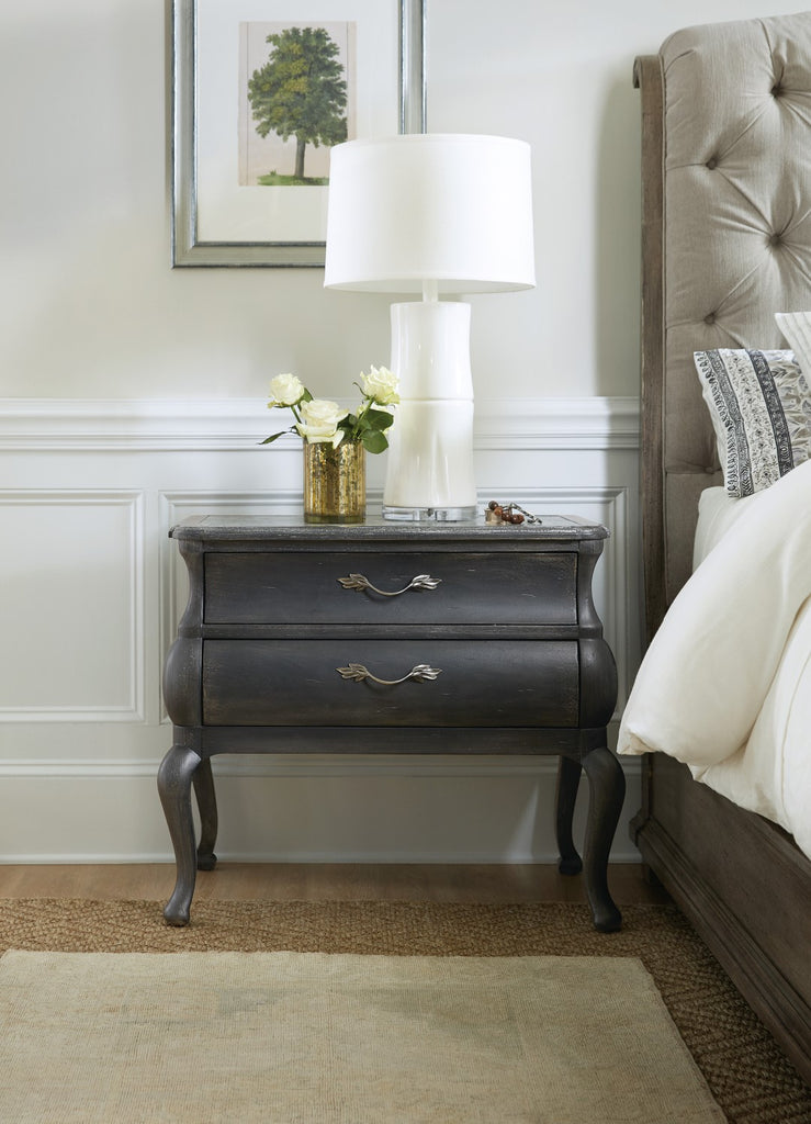Hooker Furniture Woodlands Traditional-Formal Bachelors Chest in Poplar and Hardwood Solids, Rubberwood, Primavera Veneers, Cedar and Stone 5820-90017-98