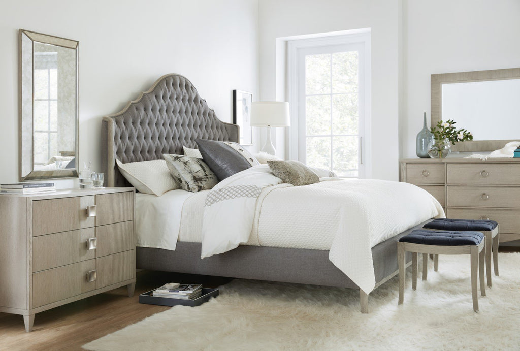 Hooker Furniture Reverie Transitional King Upholstered Bed in Oak Solids and Oak Veneers with Twill Platinum Fabric 5795-90866-91