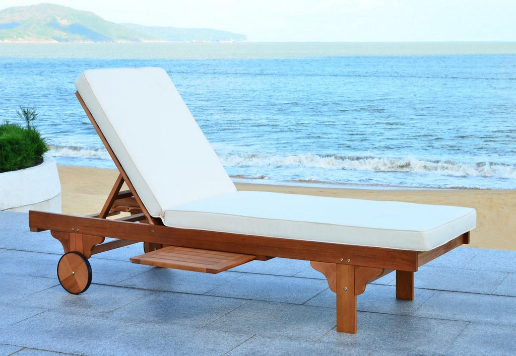 Picture of: Newport Chaise Lounge Chair With Side Table English Elm
