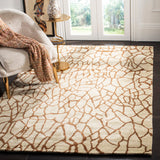Safavieh Soho SOH437 Hand Tufted Rug