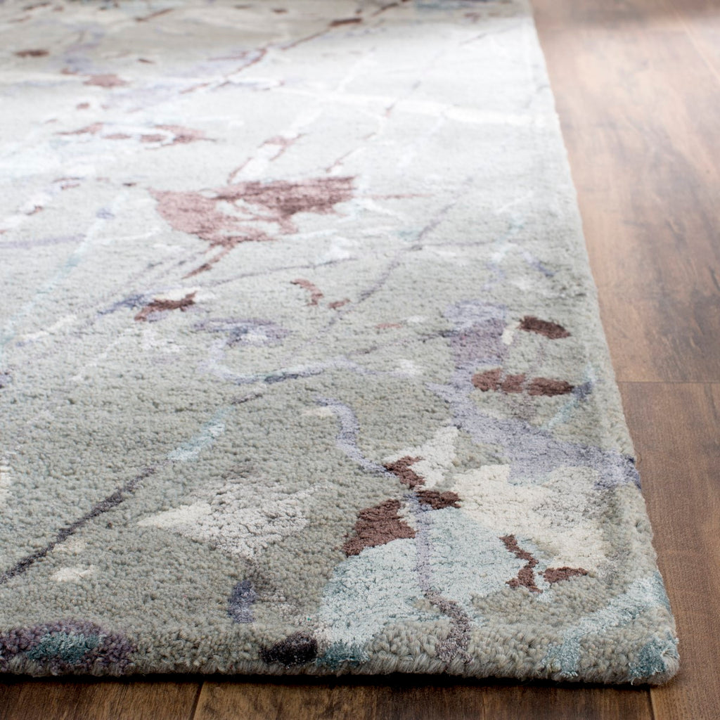 Safavieh Soho SOH527 Hand Tufted Rug