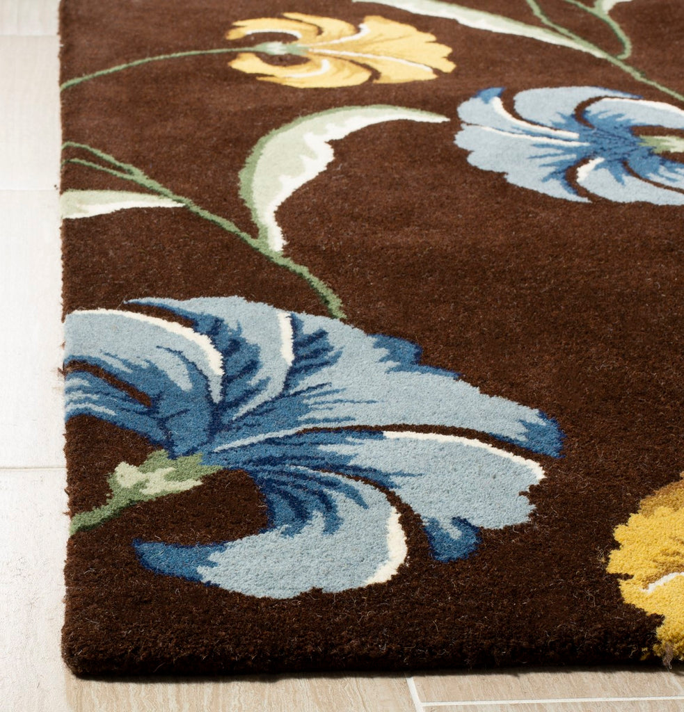 Safavieh Soho SOH767 Hand Tufted Rug