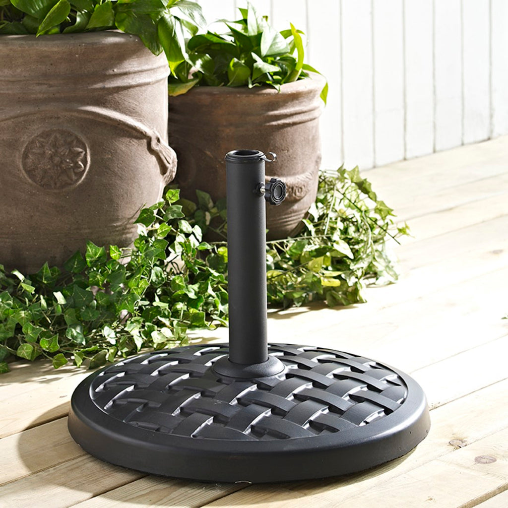 Walker Edison Weave Round Outdoor Patio Umbrella Base - Black in Polyresin, Powder-Coated Finish UB30RPRBL 814055020155