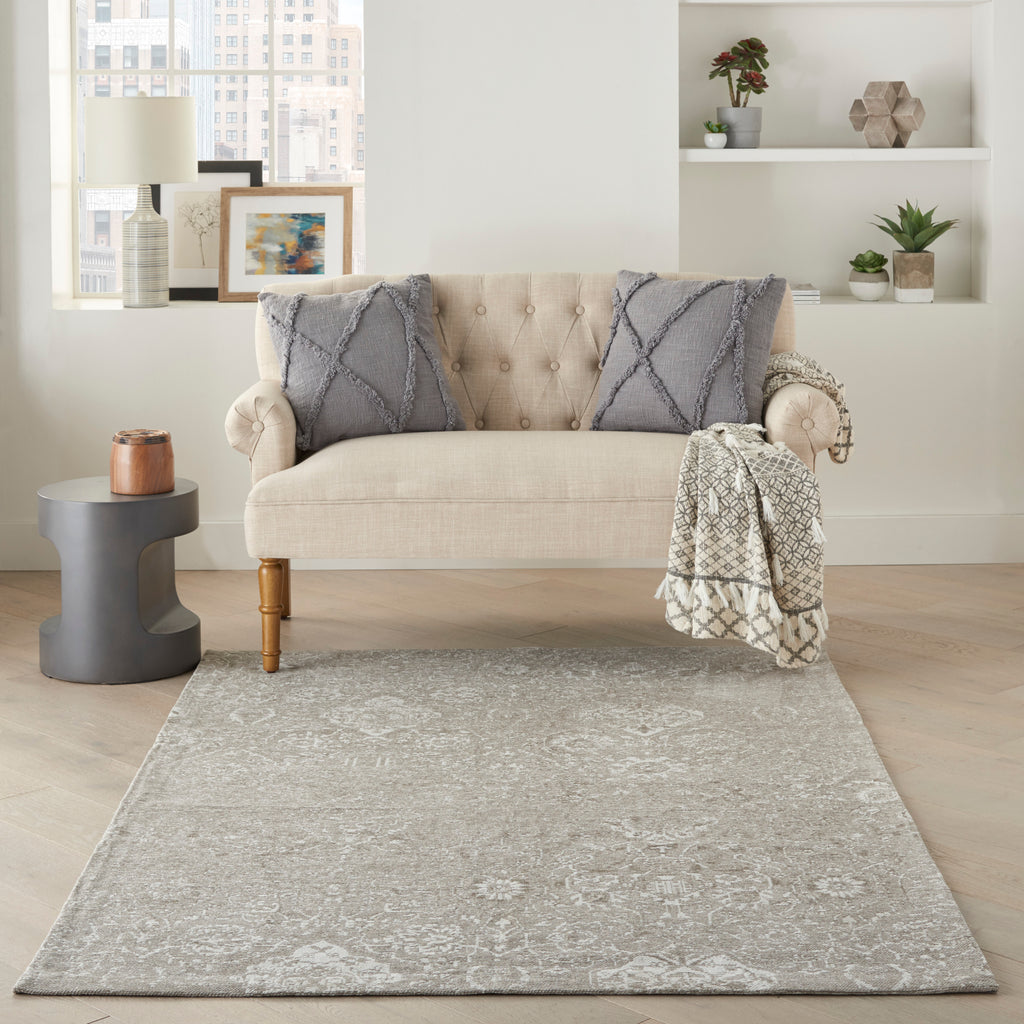 Damask DAS06 Power-loomed 83% Polyester, 14% Cotton, 3% Rayon Lt Grey 5' x 7' Rectangle Rug
