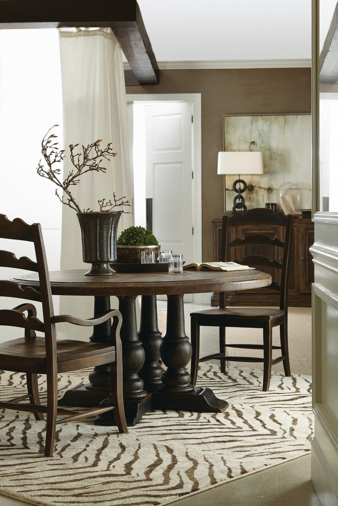 Hooker Furniture Hill Country Traditional-Formal Applewhite 60in Round Dining Table in Hardwood and Poplar Solids with White Oak and Walnut Veneers with Resin 5960-75203-BRN