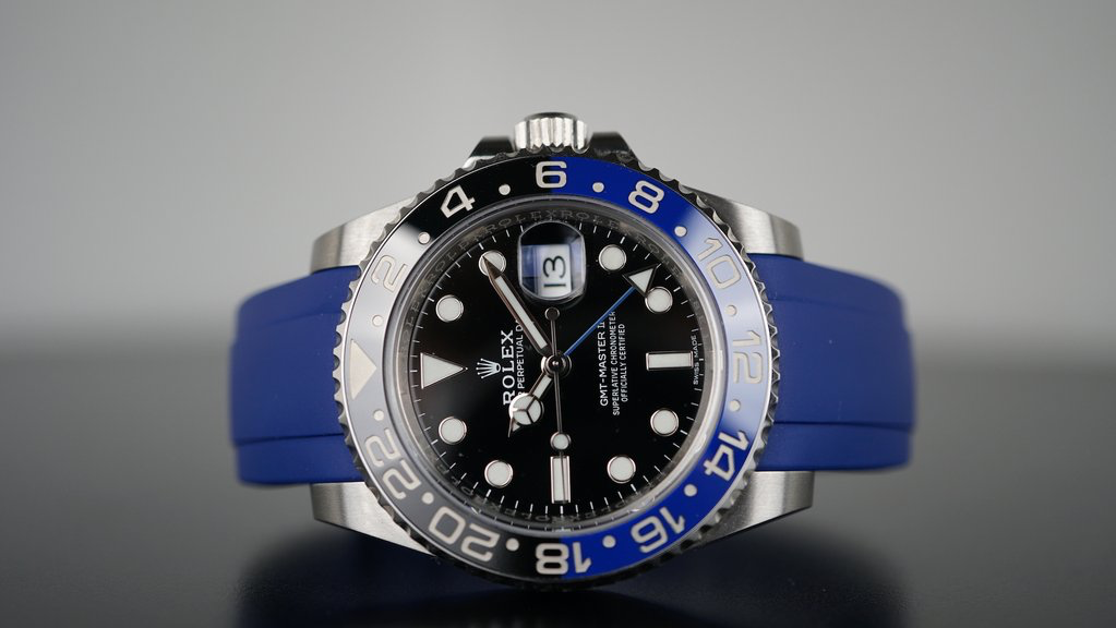 rolex gmt on blue rubber everest band