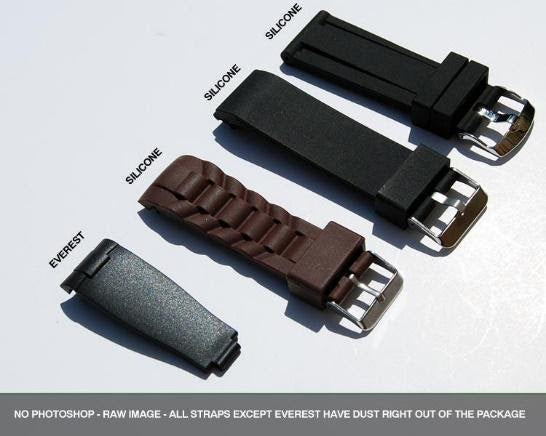 straps showing quality of everest band