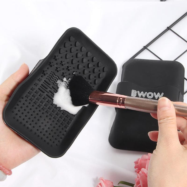 BWOW BRUSH CLEANING PALETTE - BWOW Cosmetics