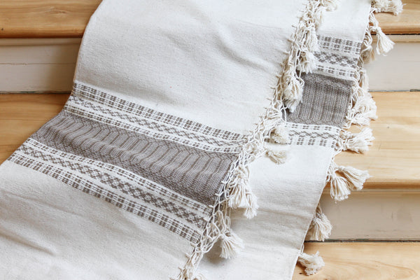 Cotton Queen Coverlet in Stone