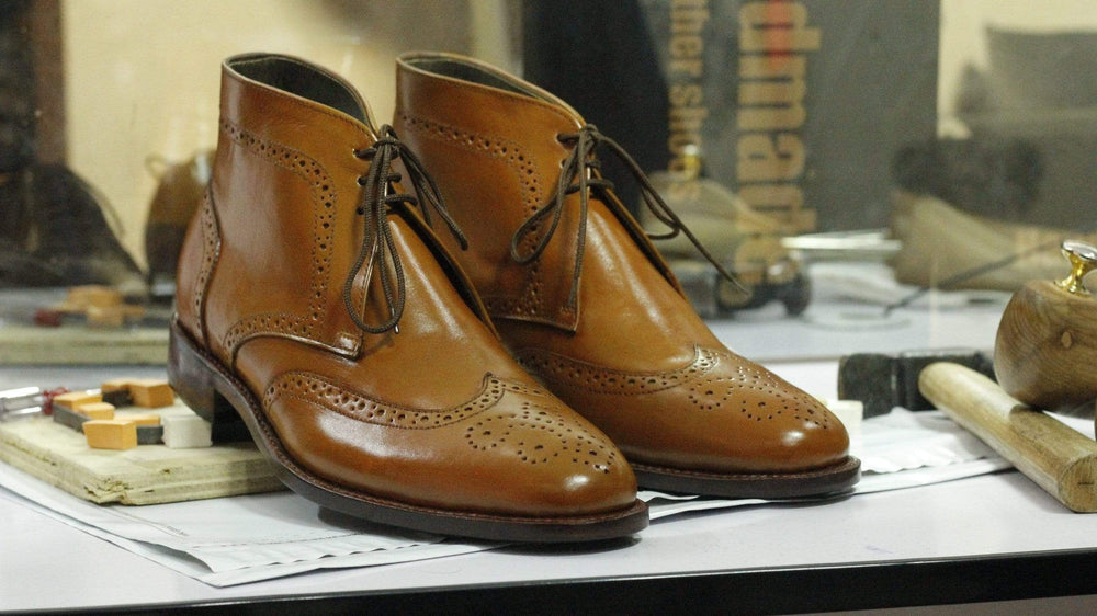 BESPOKESTORES Ankle Boots Wing Tip Tan Color Lace Up Leather Chukka Boot