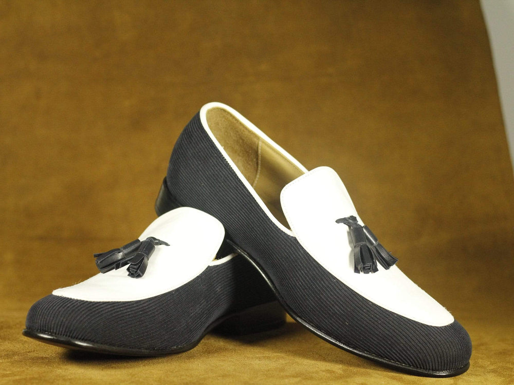 Classical Gray & White Tasseled Suede Leather Slip On Loafers