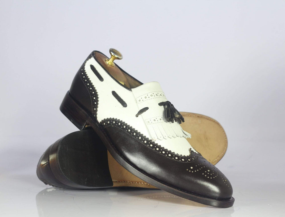 BESPOKESTORES dress shoes Bespoke Black & White Wing Tip Fringe Leather Shoes for Men's