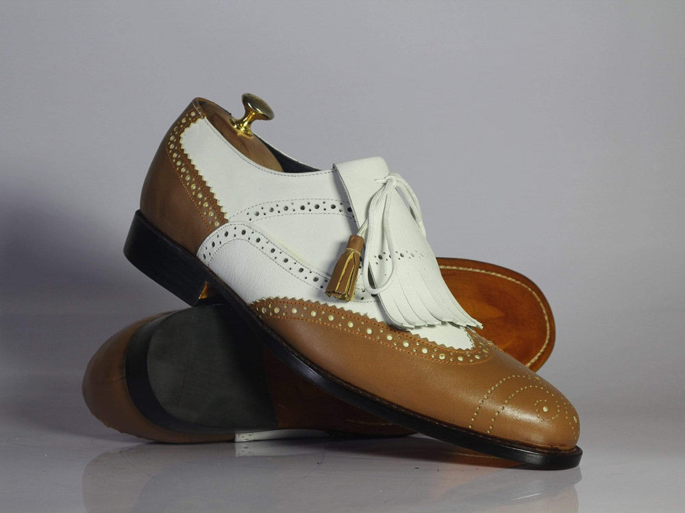 BESPOKESTORES dress shoes Bespoke White & Tan Wing Tip Brogue Leather Fringe Shoes for Men's
