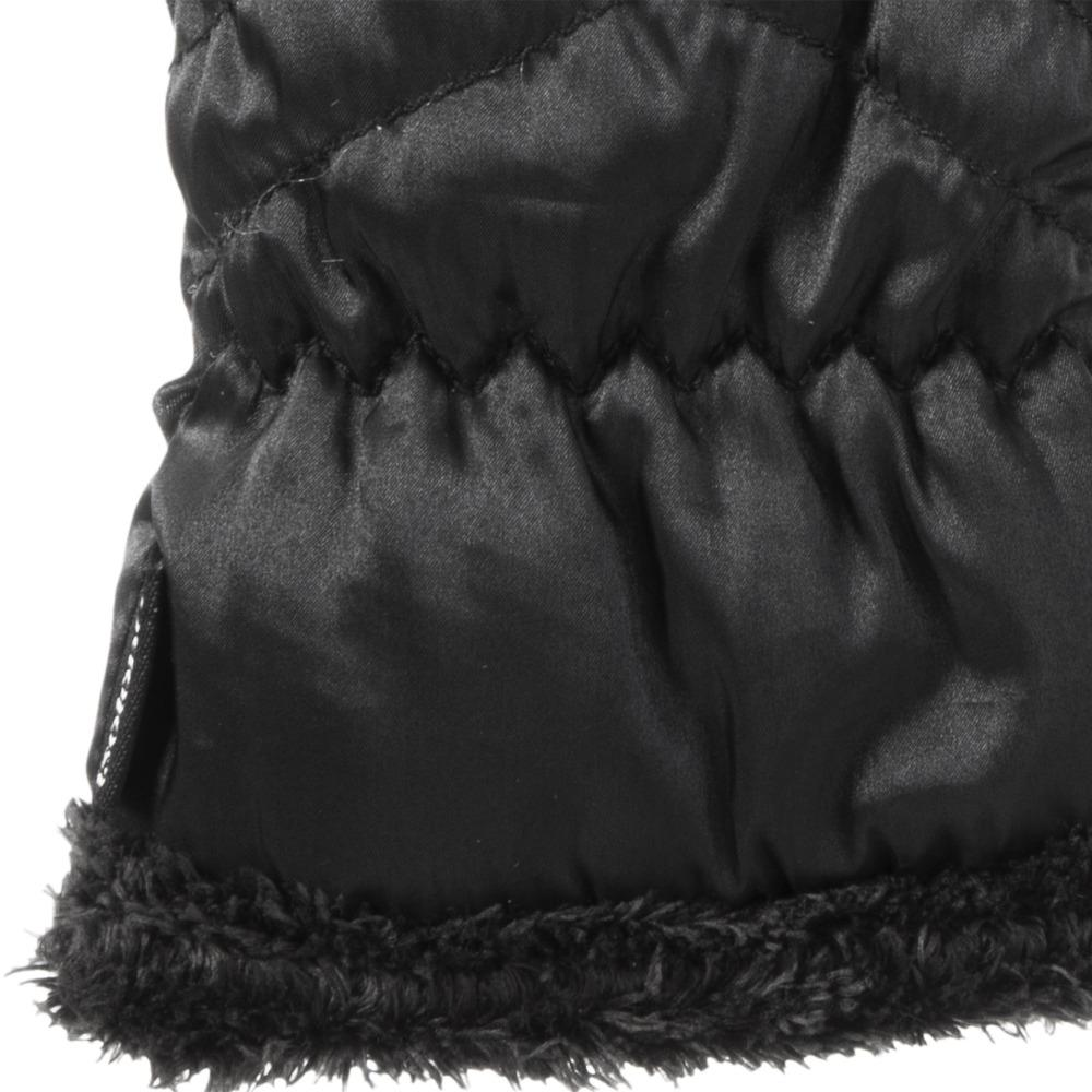 Women's Quilted Chevron Touchscreen Gloves in Black Cuff Detail