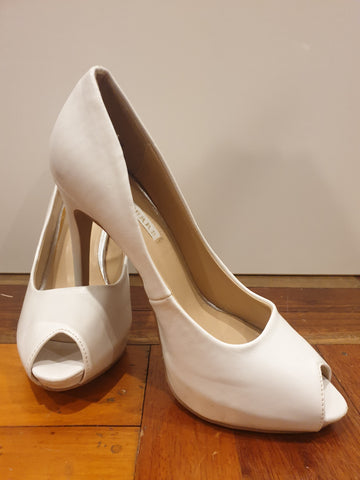 Pied A Terre Womens Shoes Size 8