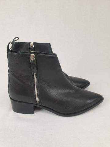 TOPSHOP Boots Womens Size 40