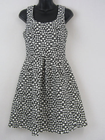 CUE Dress Womens Size 8 *Reduced*