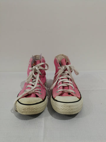 CONVERSE Sneakers Size 9.5