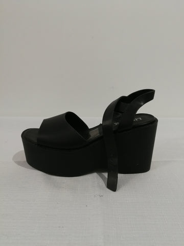 LIPSTIK Platform Shoes Womens Size 6