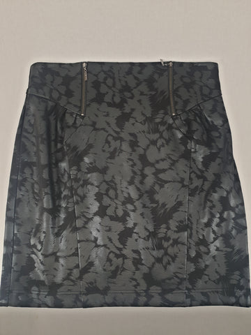 CUE Black Skirt Womens Size 14