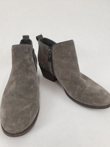 MICHAEL SHANNON Gray Boots Womans Size 6.5