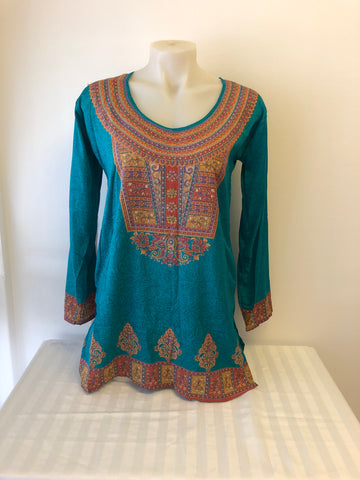 Womens Top Size M