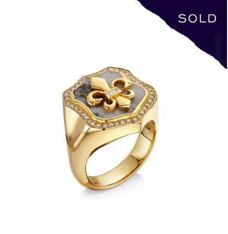 Scottish Gold Collection: Goldmine Quartz Signet Ring-Hamilton & Inches