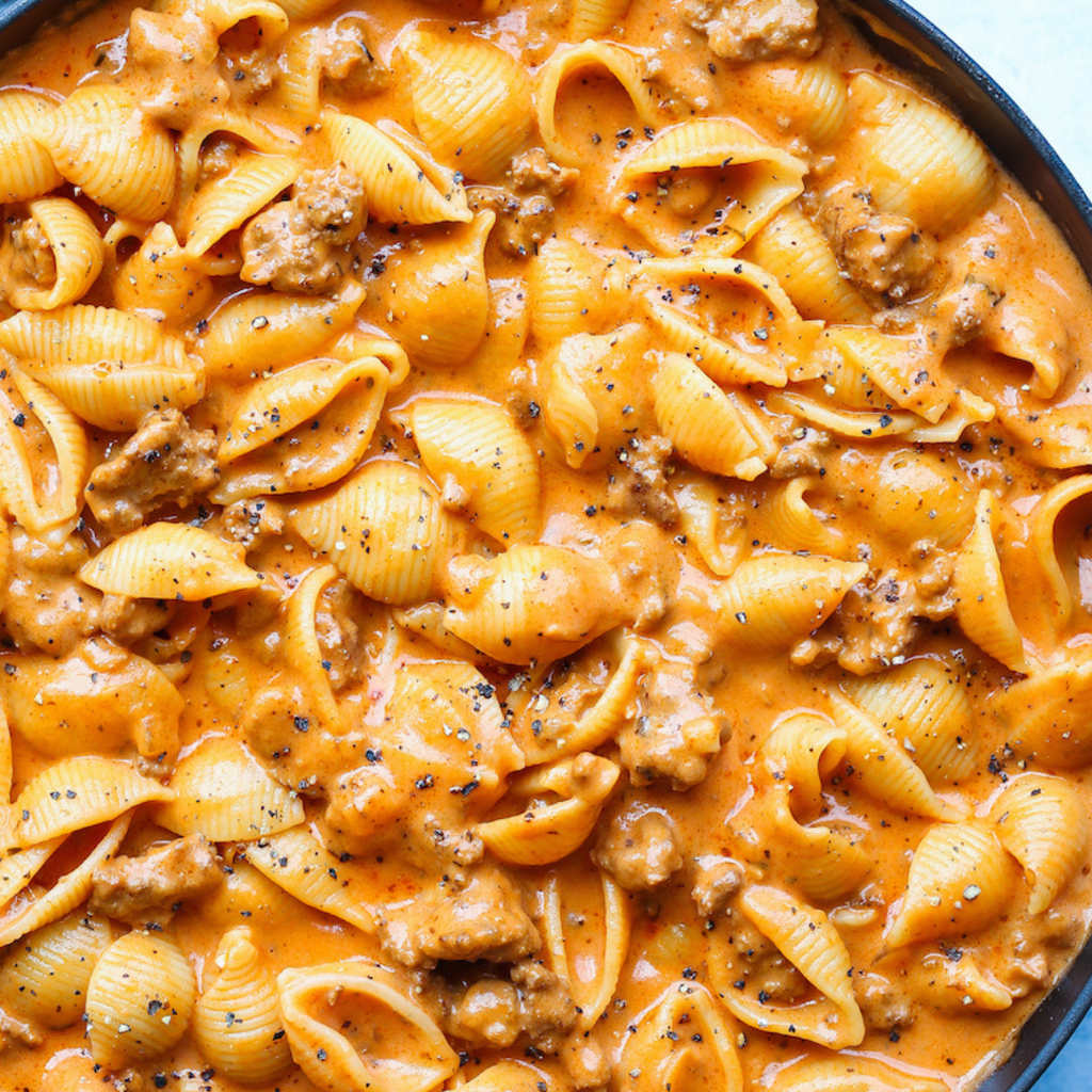 Creamy Beef and Pasta Shells