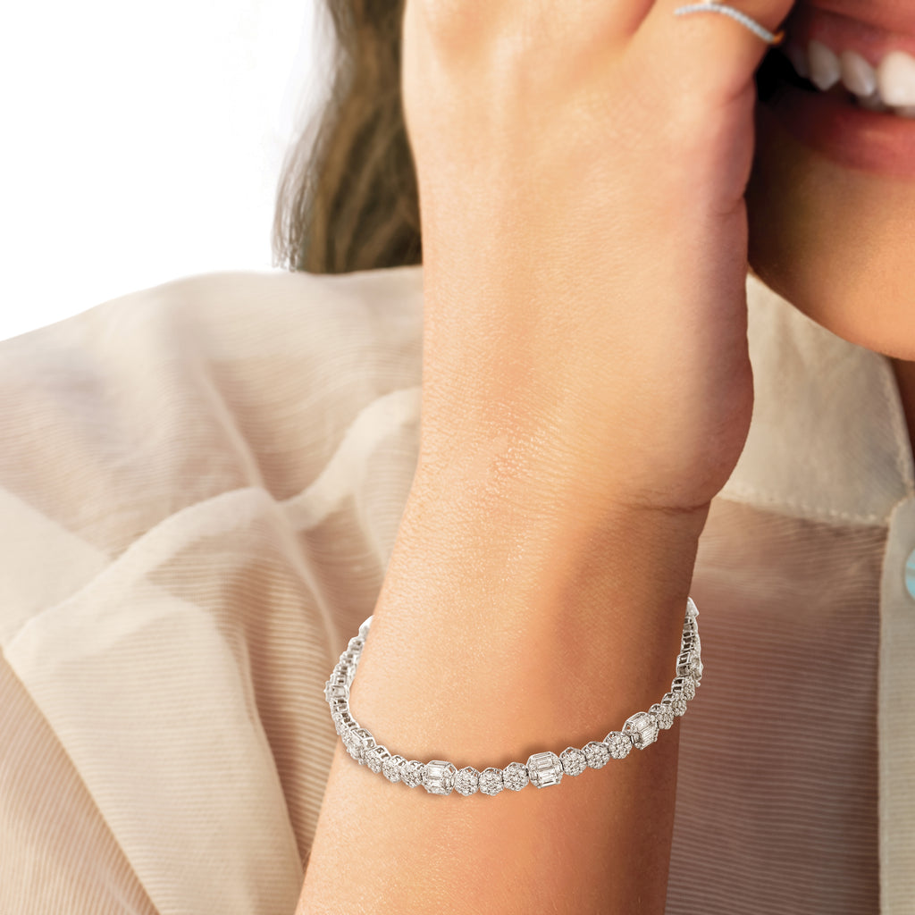 Exquisite Diamond Bracelet